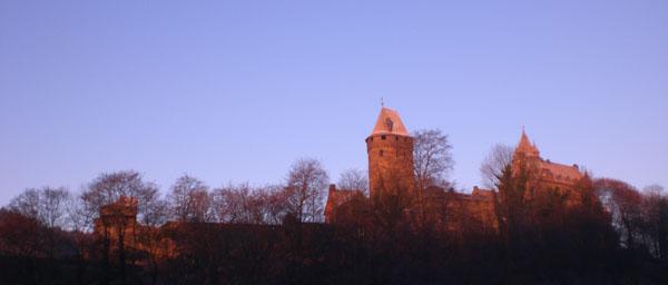 Burg Altena bei Sonnenaufgang
