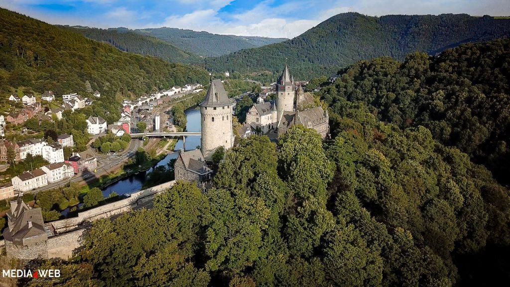 Luftbild-der-Burg-Altena-vom-Pfadfinderheim-aus